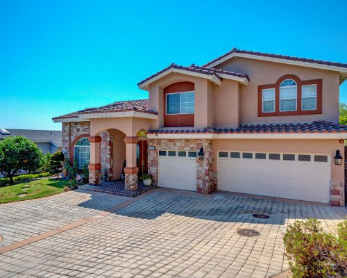 1781 Via Ladera. La Habra Heights, Ca 90631
